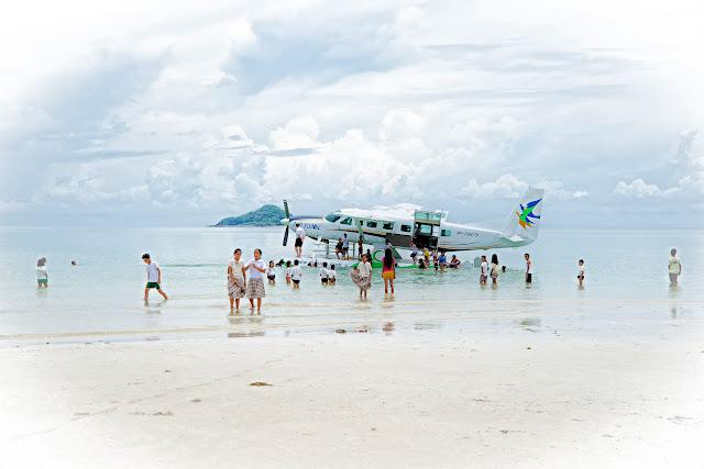 C208B EX Caravan Amphibian Seaplane on Wipaire 8750s