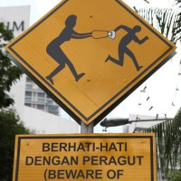 How To Protect Yourself And Deal With Snatch Thieves
