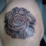 lovely tattoos of roses 2015 2016
