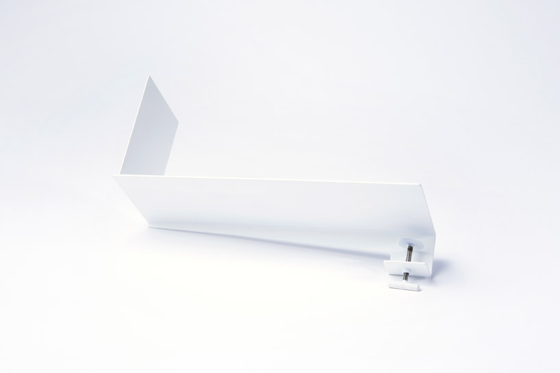 *YOY design studio 增加辦公桌收納設計:書本盆栽&浮空書擋! 5
