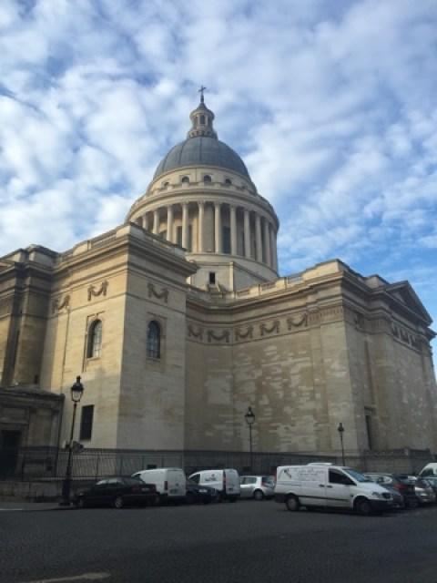 Ein Spaziergang durch das vorweihnachtliche Paris