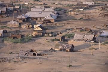 Ένα χωριό στον αρκτικό κύκλο που το θάβει η άμμος! - Απίστευτες εικόνες | Alfavita