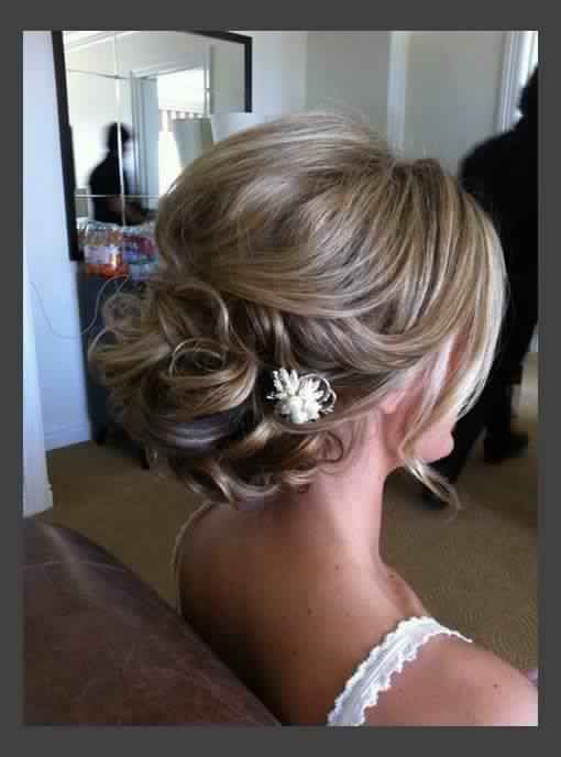 Beautiful Wedding Updo for Medium hair