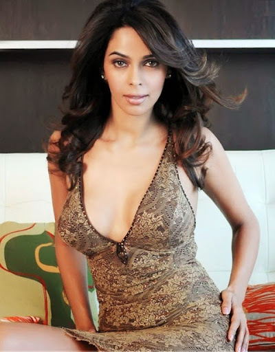 wallpapers mallika sherawat bikini - photo #40