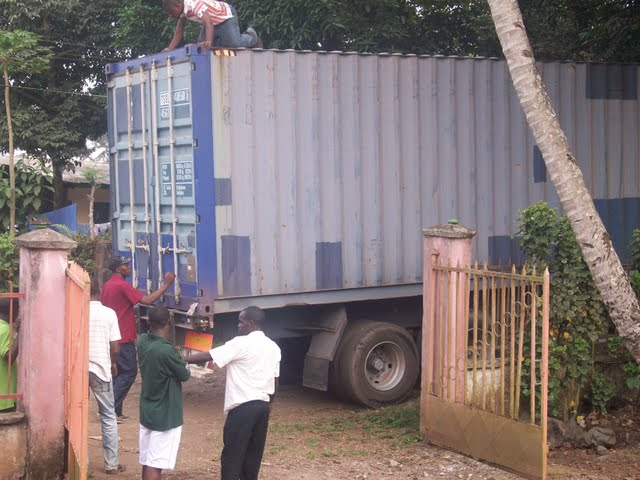 Container Arrival & Offloading in Buea - 100_9058.JPG