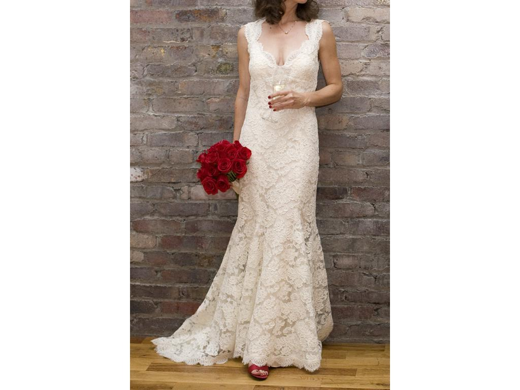 Dili's Blog: Monique Lhuillier Scarlet Size 4 Used Wedding