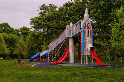Playgrounds From The Space Age | OnlineFMradio