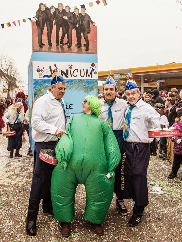 Neuenburg wird großi Kreis(el)stadt - Fasnachtsumzug 2015 (2/6)