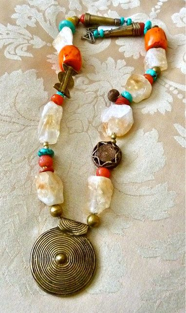 LATEST DIFFERENT AFRICAN JEWELRY TYPES FOR ATTRACTIVE WOMEN 6