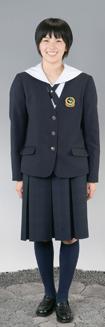 東海大学付属相模高等学校の女子の制服4