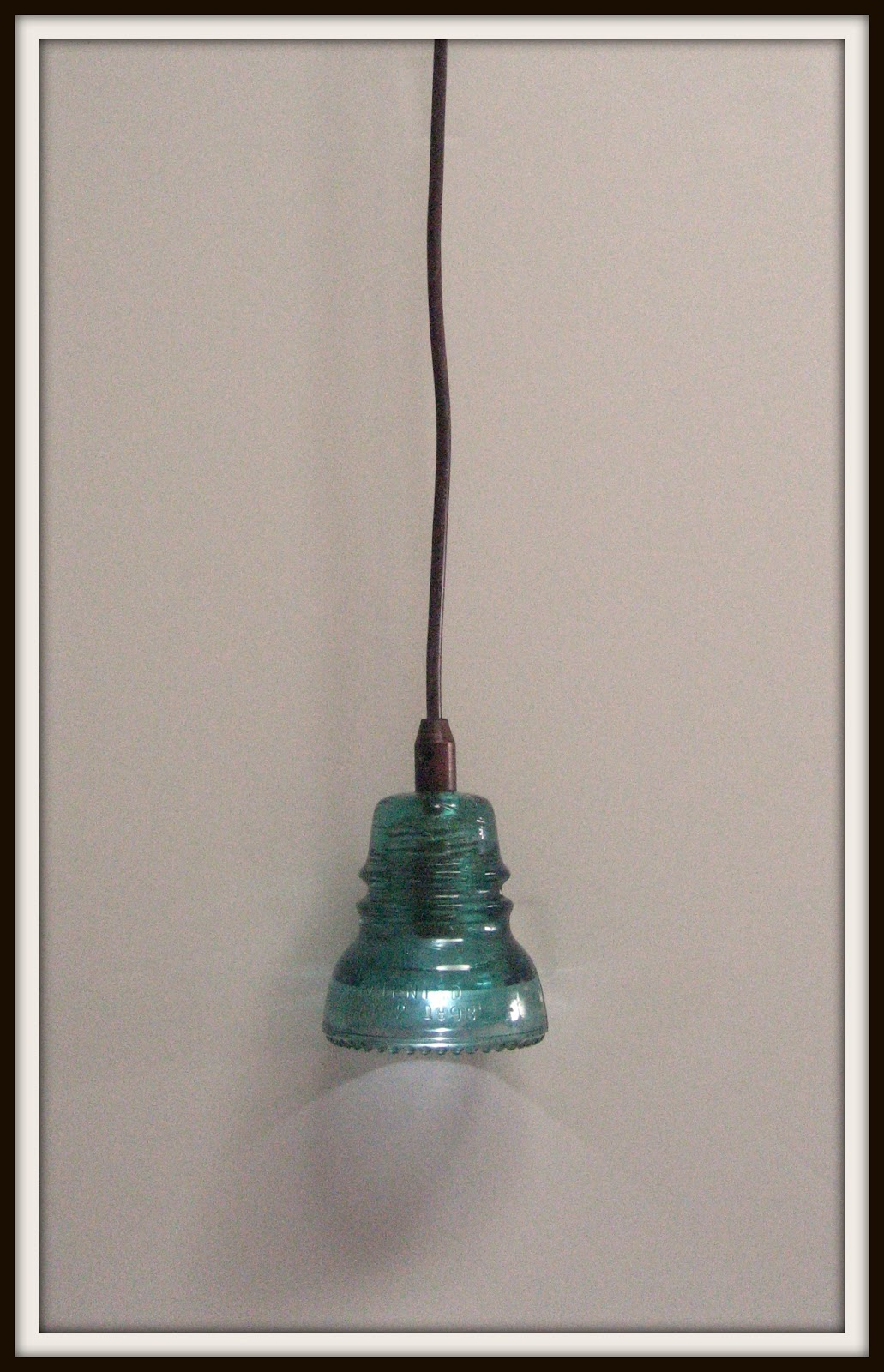 Remodelaholic recycling glass insulators into pendant light so for around 35 arubaitofo Image collections