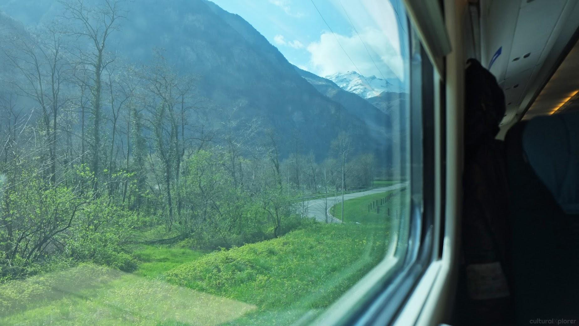 Milan to Zurich train
