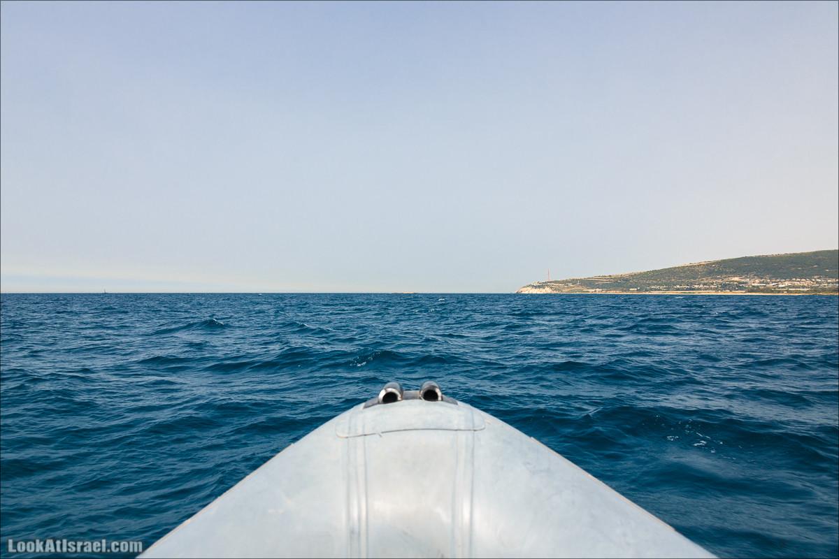 На лодках Торнадо по волнам Средиземного моря   LookAtIsrael.com - Фото путешествия по Израилю