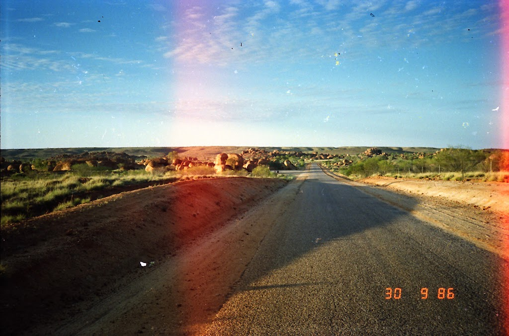 0501Devils Marbles, Northern Territory
