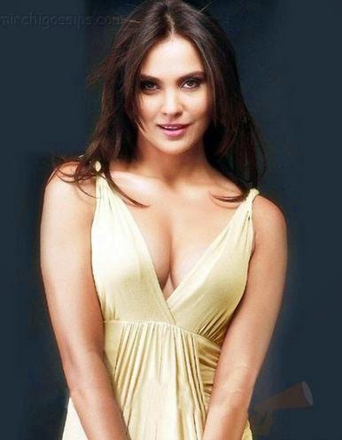 Lara Dutta Body Size