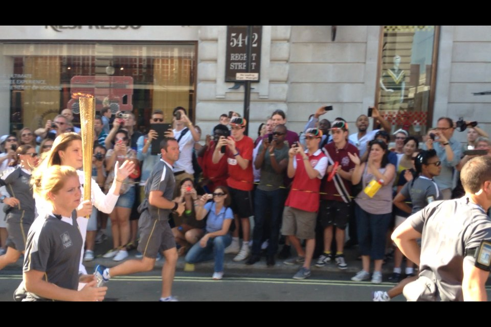 20120726_Olympic_Torch