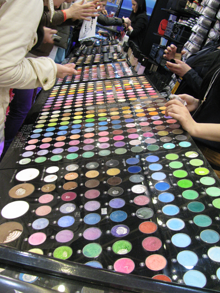 eyeshadows_Estet_Beauty_Expo2012