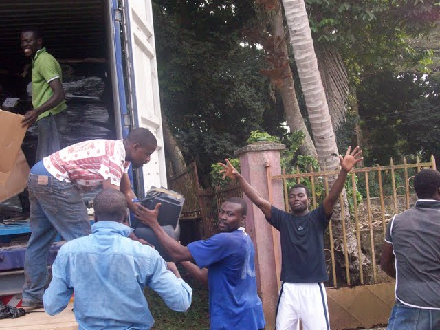 Container Arrival & Offloading in Buea - 100_9088.JPG