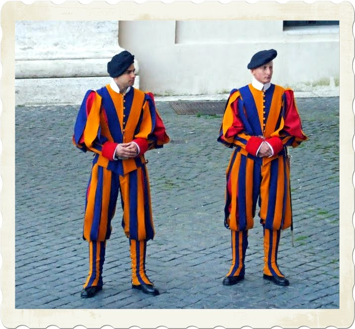 Swiss Guard Uniform,Papal Swiss Guards,Vatican City Guards,Vatican City