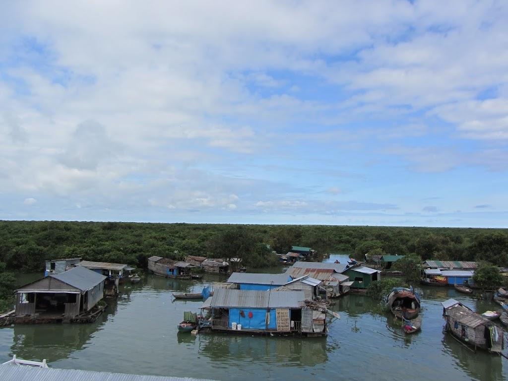 0045Tonle_Sap_Lake_Floating_Village