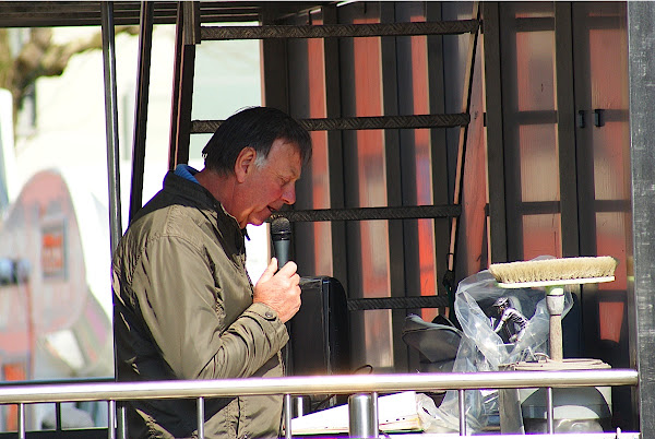 Speaker Gilbert Vandromme