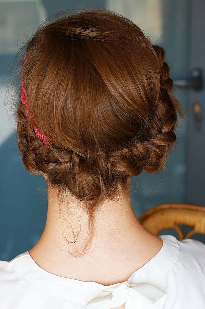 romantic hairdo with a headband, crown braid hairstyle, how to wear a flashy headband, hair tutorial in pictures, dutch braid and headband tutorial