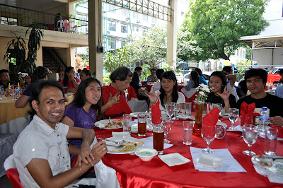 Deaf participants including MCCID Deaf Trainors' Regina Grace Buenaventura and Moises Libot (right)