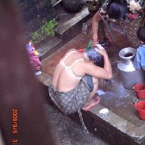 hidden-pic-of-neighbor-bhabi-bath.jpg