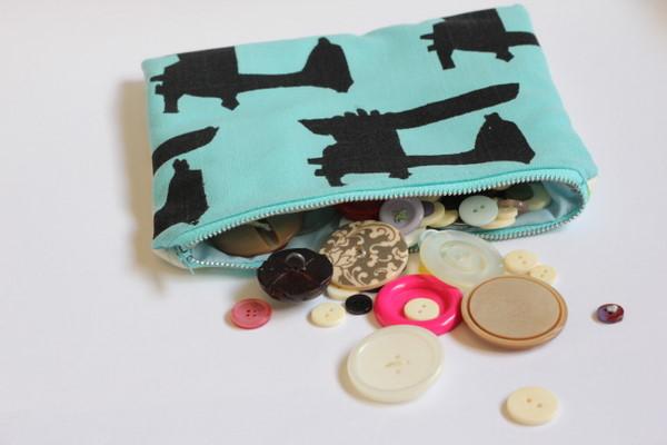basic zipper pouch