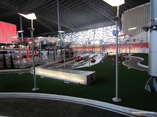 0460Ferrari World