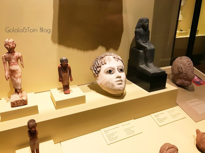 figuras egipcias en el museo arqueológico nacional