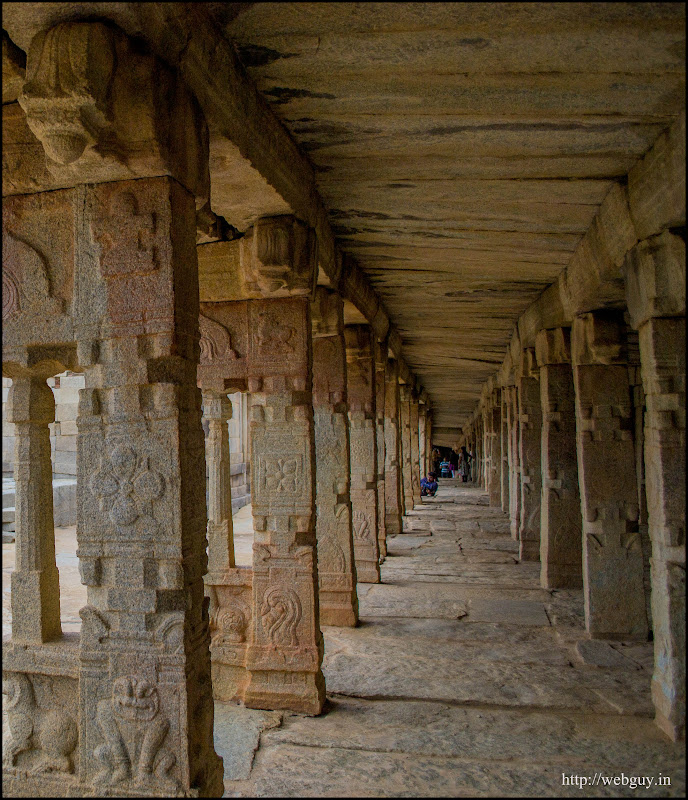 Beautiful Rock-carvings on the Pillars - Lepakshi