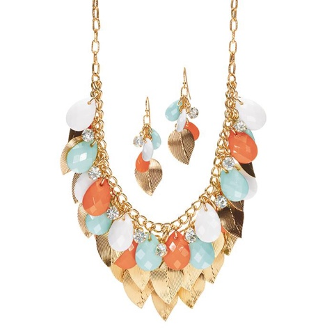 Shaky Leaf Necklace And Earring Gift Set $16.99