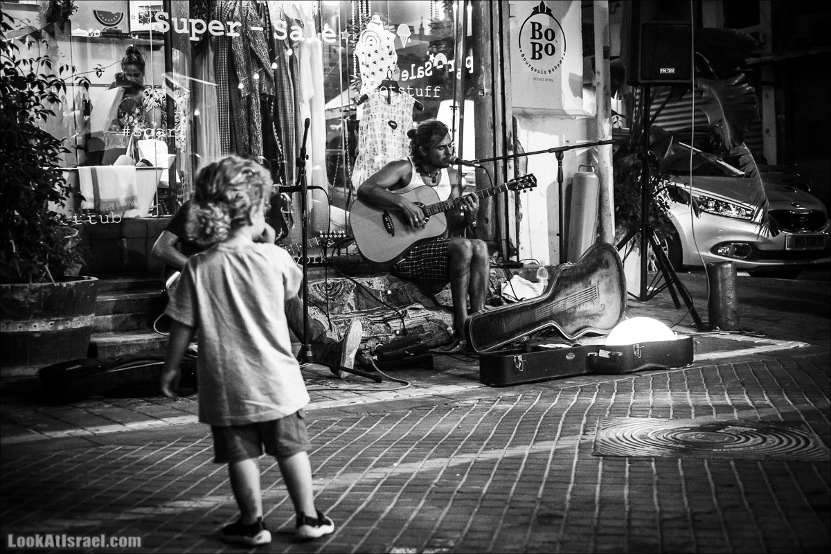 Музыкальный фестиваль на блошином рынке в Яффо | Pishpish Night Music Festival in Jaffo | פשפשלילה ביפו | LookAtIsrael.com - Фото путешествия по Израилю