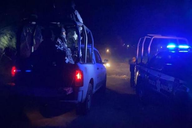 Esta noche Sicarios ejecutaron a una familia en la comunidad Carrizal El Grande de Irapuato; Guanajuato, 4 mujeres y un hombre, una niña entre las victimas