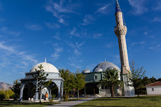 Beautiful mosques, great for a rest and fill up water.