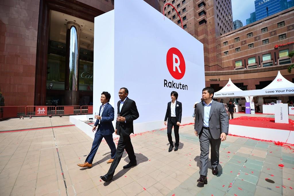 VIP tour at Rakuten Singapore Launch 03
