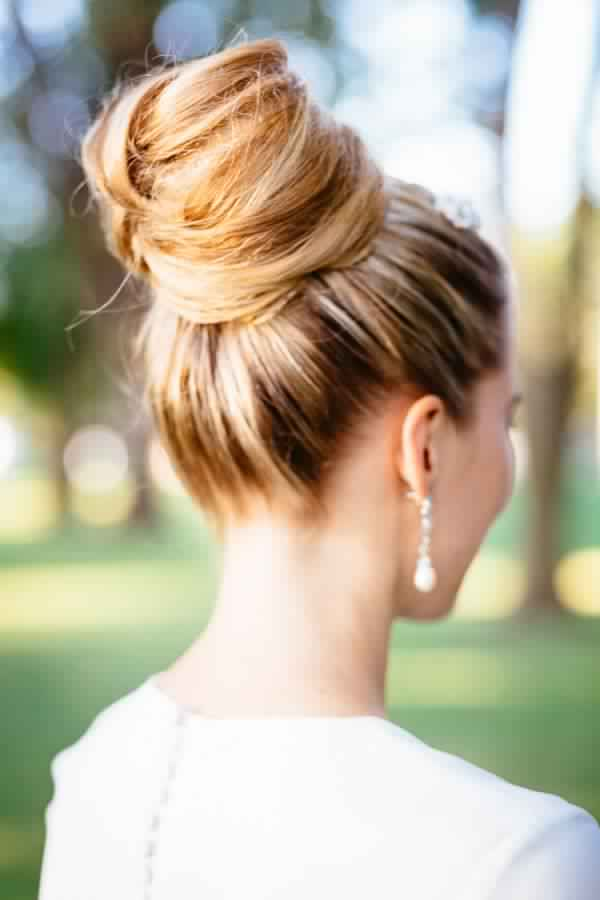 Stunning Updo Hairstyle for Women