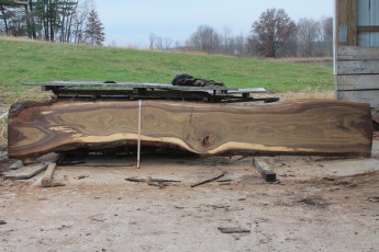 Walnut 210-8  Length 16' Max Width (inches) 28 Min Width (inches) 20 Notes 10/4 Kiln Dried