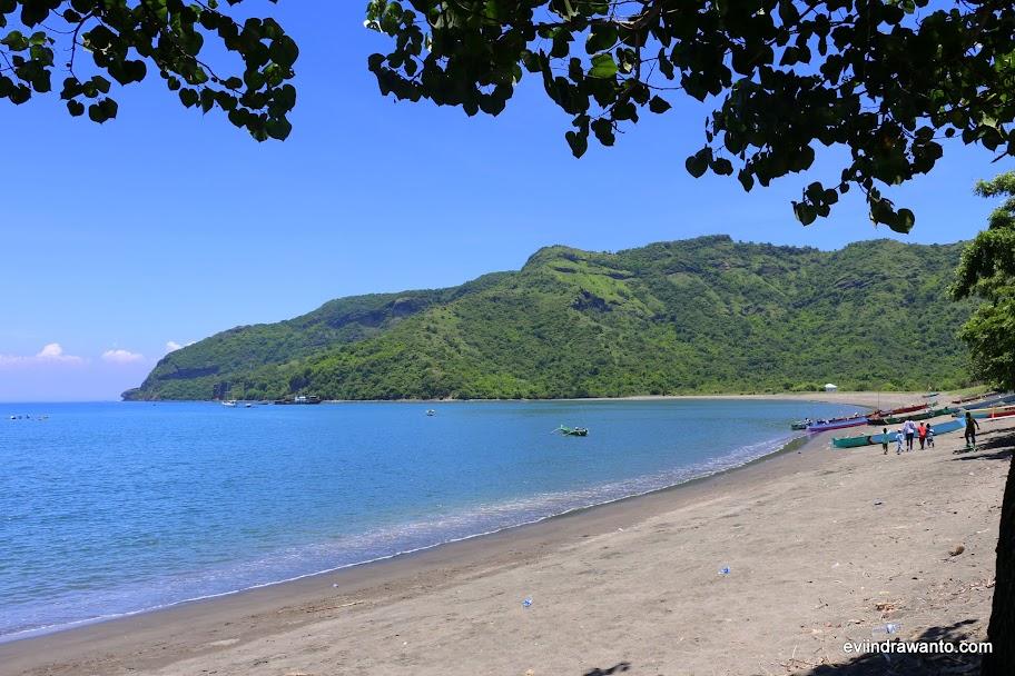 Pantai Benete yang aduhai