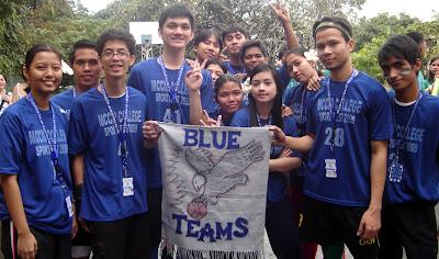 Blue team lining up