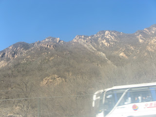 0160On the road to the Great Wall