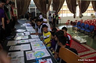 BRUNEI_BSB_Hassanal Bolkiah Arabic Secondary Boys School, Students after the competition_JAY SHICK