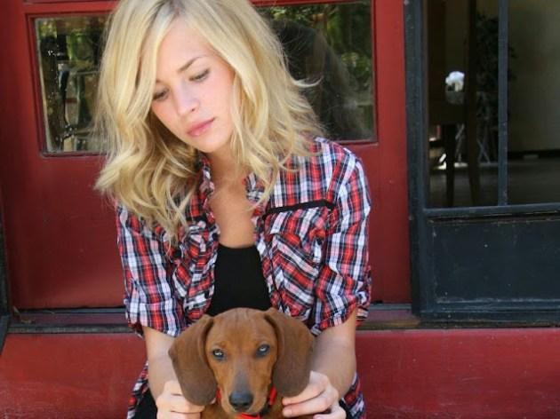 Britt Robertson Pictures