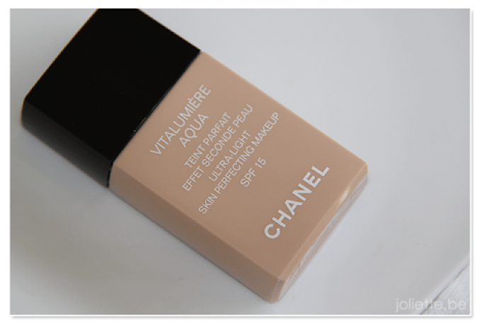 Review: Chanel Vitalumière Aqua