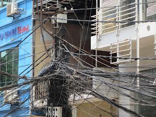 0100The_Streets_of_Hanoi