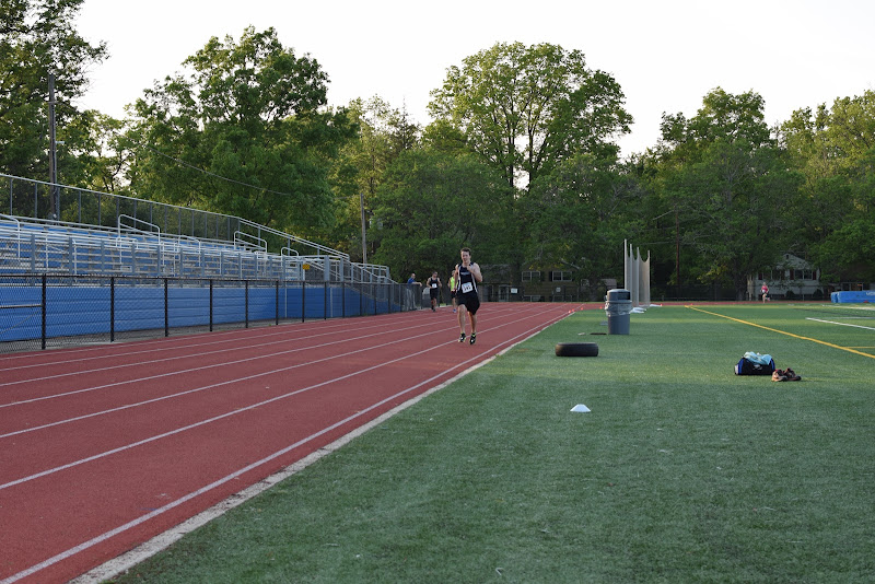 May 25, 2016 - Princeton Community Mile and 4x400 Relay - DSC_0160.JPG