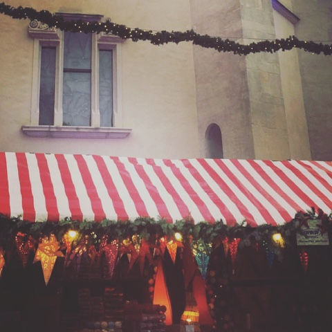 Ein paar Weihnachtsmarktimpressionen aus Regensburg… und der Gewinner des zweiten Adventskalendertörchens