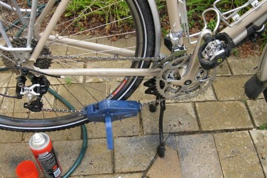 Hebie Bipod bicycle kickstand in maintenance mode