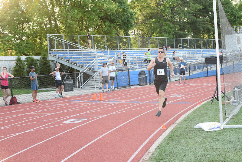 May 25, 2016 - Princeton Community Mile and 4x400 Relay - DSC_0124.JPG
